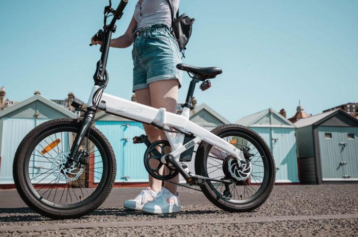 HIMO Z20, an ultra-dynamic dual mode fast folding e-bike.