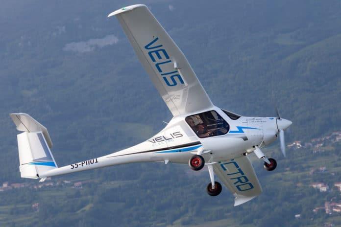The Pipistrel Velis Electro in flight.