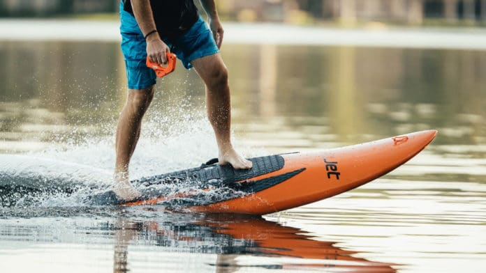 Jet-powered electric YuJet Surfer lets you enjoy up to 40-minute ride.