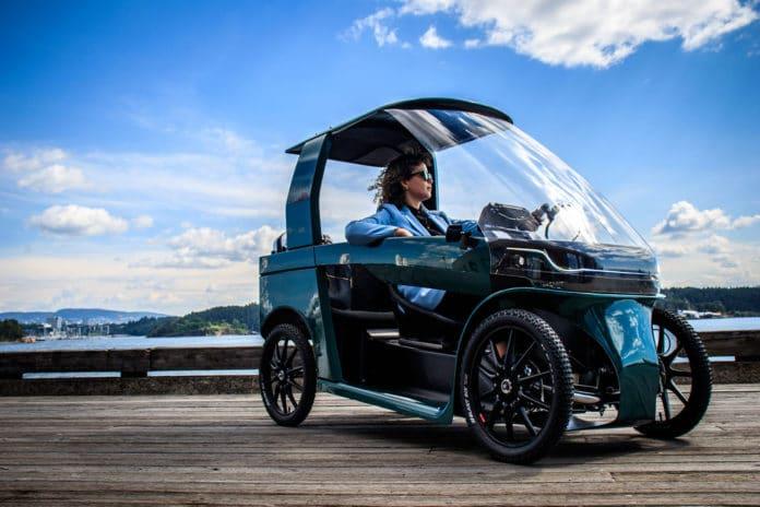 CityQ Car-eBike, the strange electric bike with four wheels.