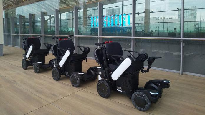 Panasonic trials its robotic mobility service at Tokyo railway station.