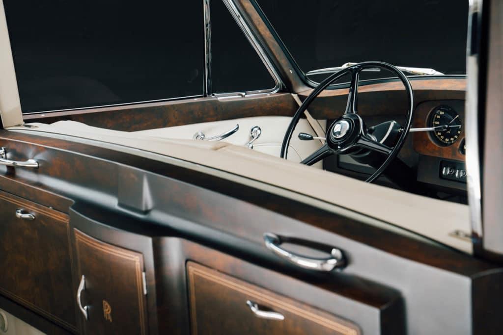 Electric Rolls-Royce Phantom V Steering