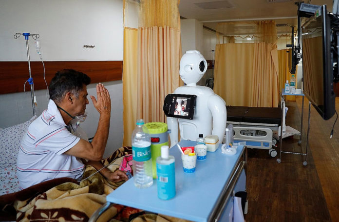 Mitra Robot helps COVID-19 patients communicate with their loved ones