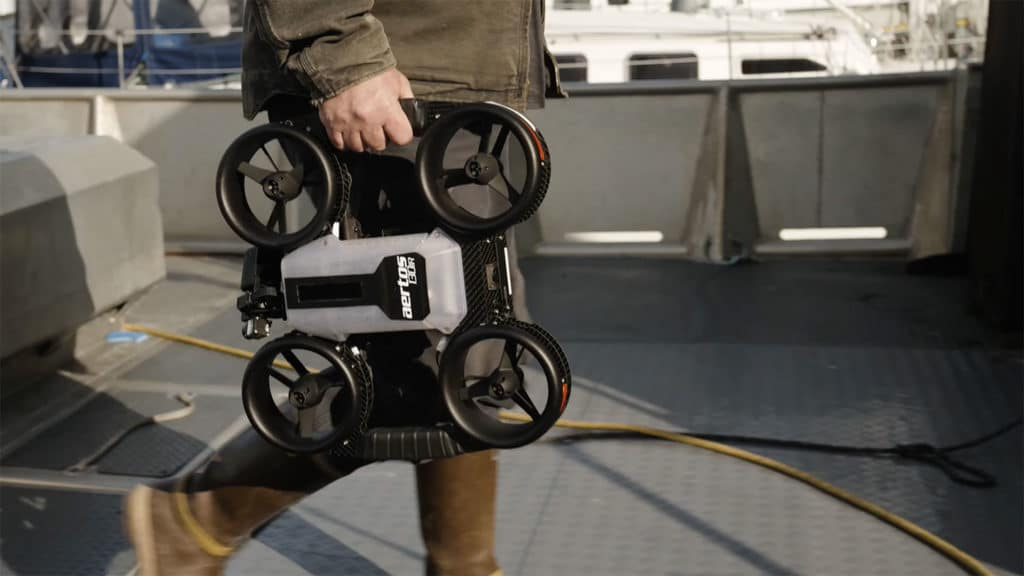 The drone weighs only 2.7 kg.