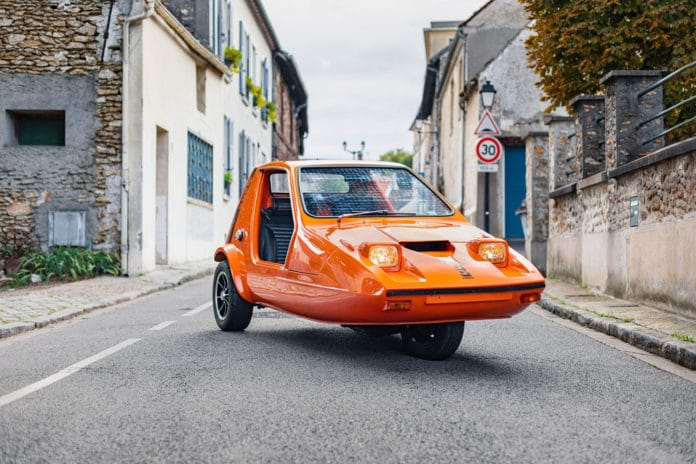 The Yamaha R1-powered 1973 Bond Bug is up for auction.