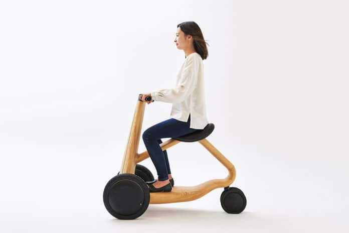 Mikiya Kobayashi designs Ily-Ai electric tricycle made from wood.