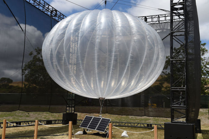 Loon internet balloon sets a new record of 312 flight days in Stratosphere.