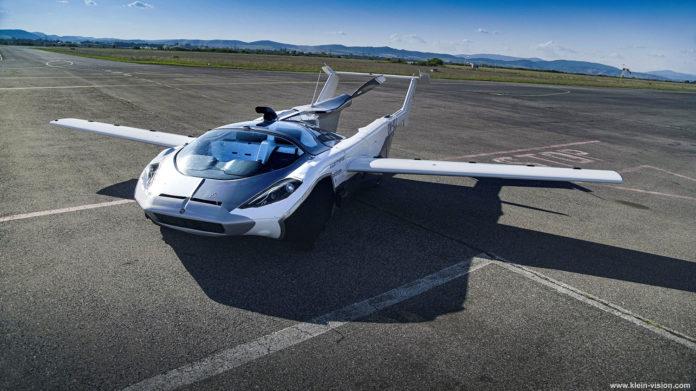 Klein Vision AirCar transforms into air vehicle in less than 3-minutes.