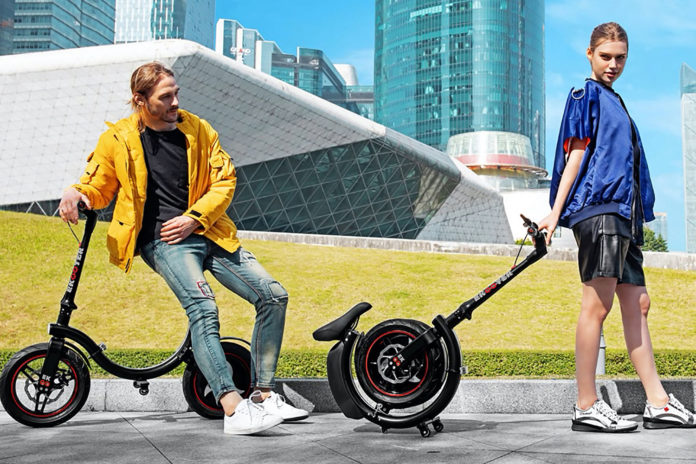 EKOOTER, a cylinder fold e-scooter with 100 km of autonomy.