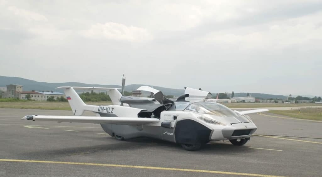 The transforming Klein Vision AirCar has successfully completed its maiden flight test.