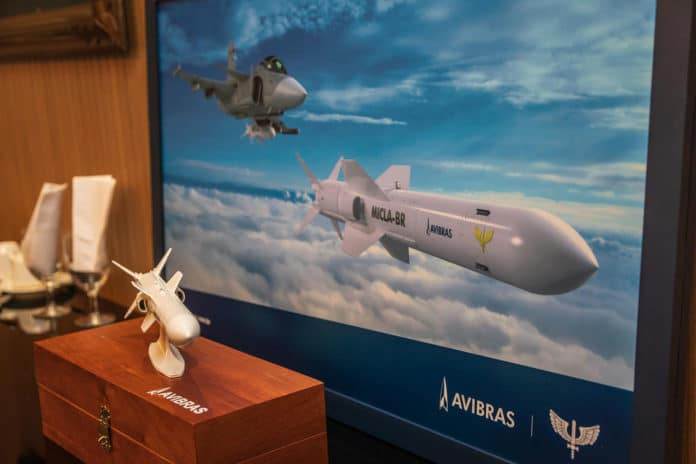 FAB and AVIBRAS sign partnership to develop long-range cruise missiles