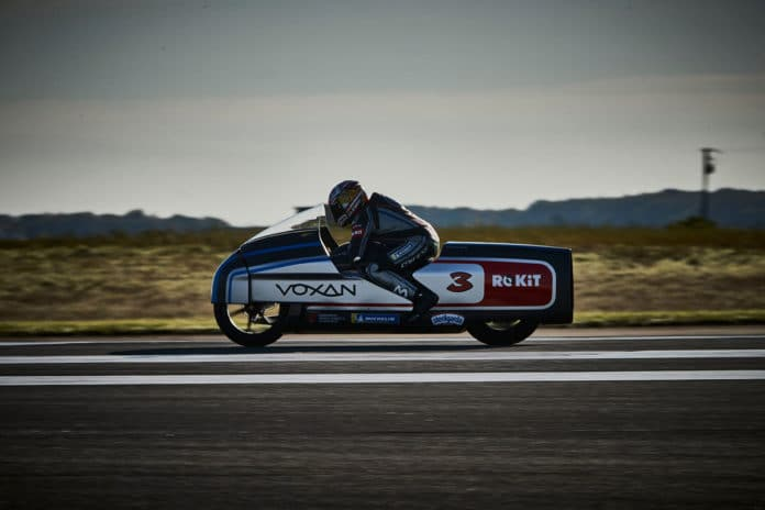 Voxan Wattman electric motorcycle breaks world record with 408 km/h.
