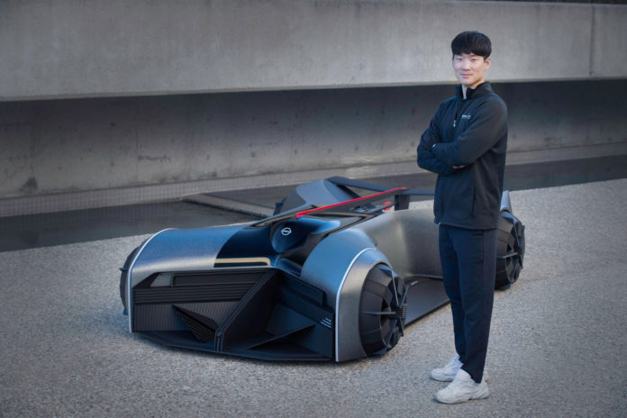 Nissan GT-R (X) 2050 concept, a mind-controlled exoskeleton on four wheels.