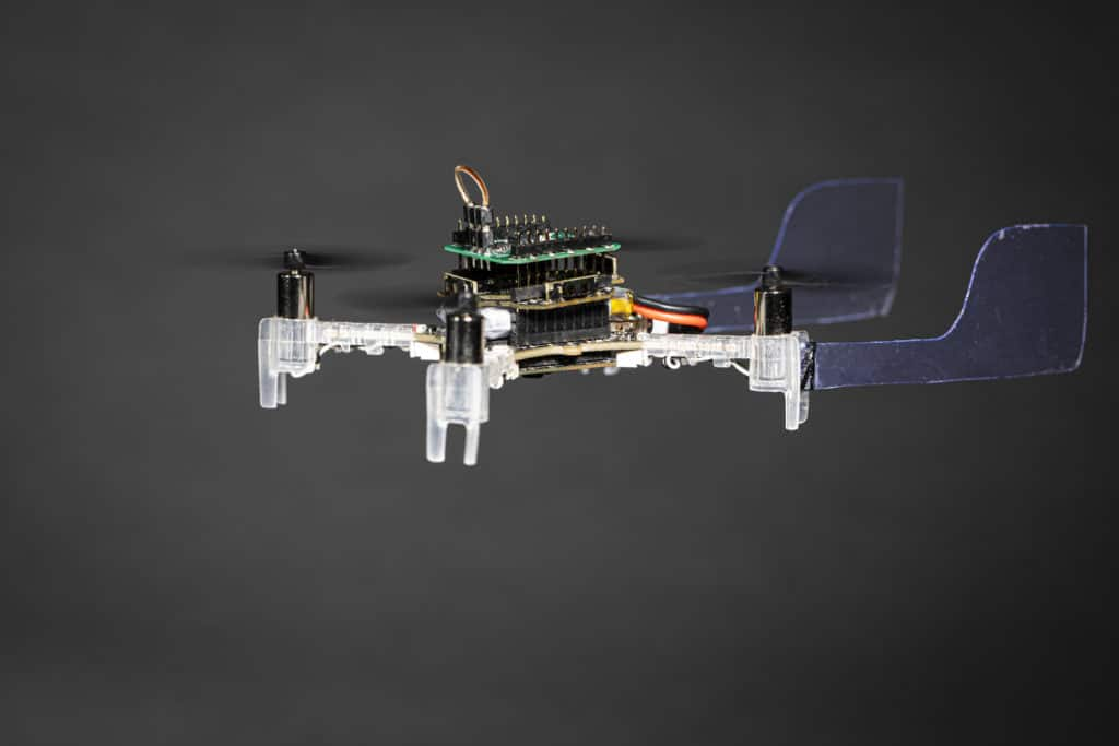 A palm-sized Smellicopter drone uses live moth antenna to seek out smells