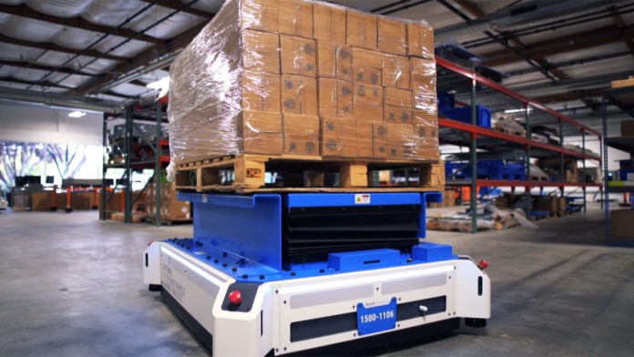 Fetch Robotics presents new mobile robot designed to replace warehouse forklift.