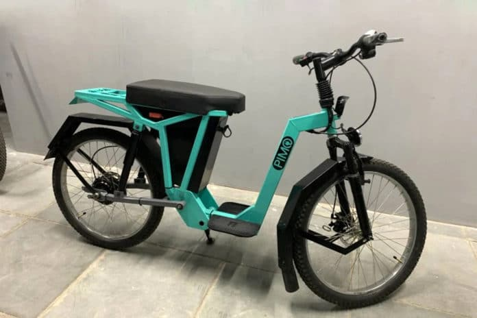 PIMO electric 2 wheeler charges in less time than your smartphone.