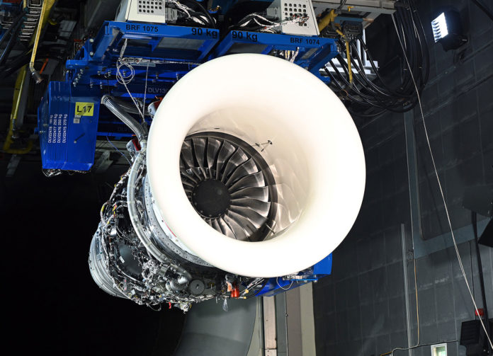 Rolls-Royce tests 100% Sustainable Aviation Fuel in the Pearl 700 engine.
