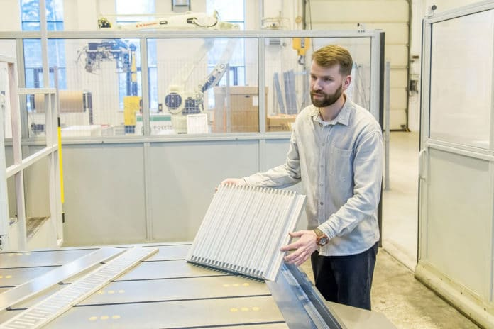 Engineers develop compact, lightweight radiator for cooling EV batteries.
