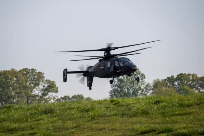 Sikorsky S-97 RAIDER helicopter demonstrates its agility for the US Army.