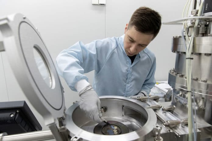 Researchers take a new step in the microelectronics' development