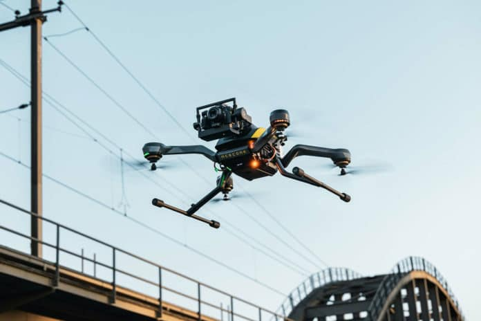 New Zoe Zetona commercial drone puts the payload up front.