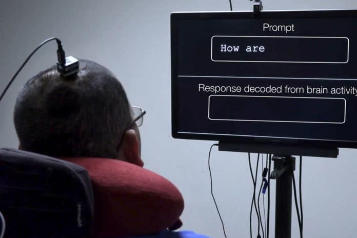 New brain implant lets paralyzed man transform his thoughts into words.
