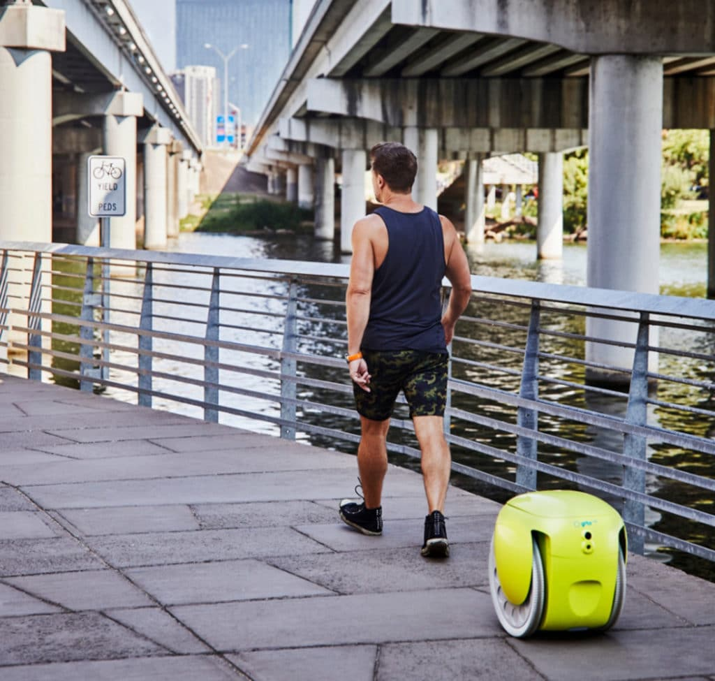 Gitamini has a top speed of 6 mph and can carry up to 9 kg of gear in its covered luggage compartment.