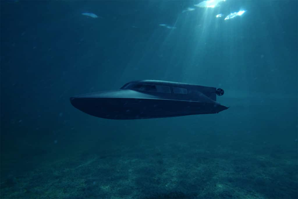 The diver delivery boat that turns into a submarine in just 2-minute.