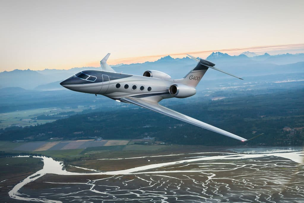 Gulfstream G400, the industry's first new large-cabin aircraft in more than a decade.