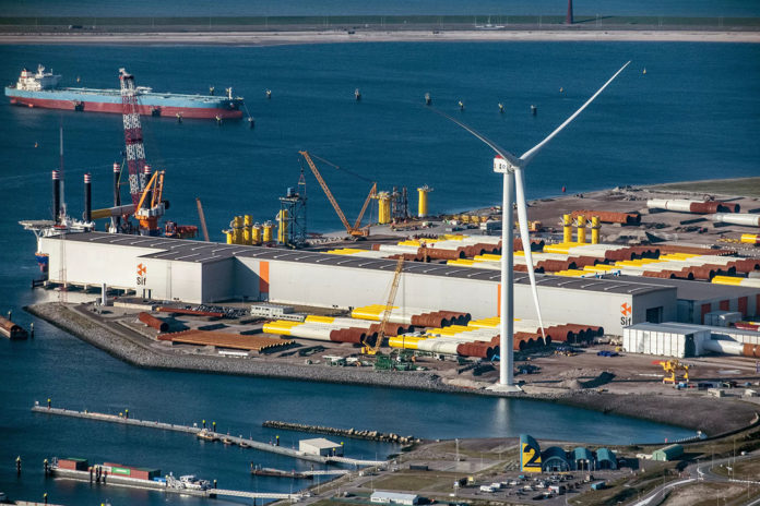 GE's Haliade-X prototype is now running at 14 MW in Rotterdam port, the Netherlands.